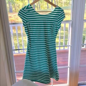 💜 Old Navy Stripped Cuffed Sleeve Dress